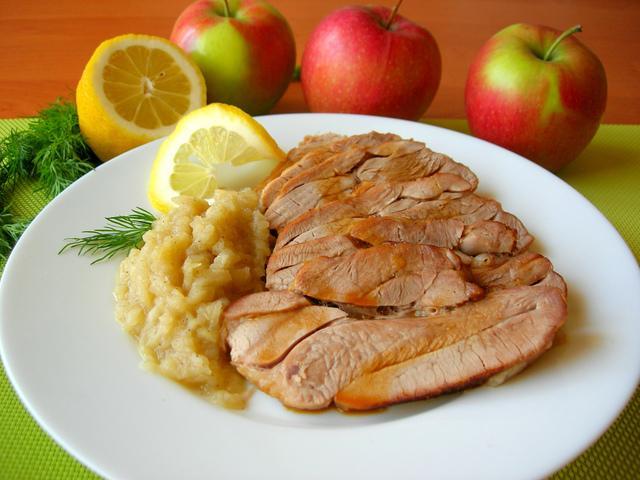 Запеченный стейк индейки с яблочным соусом – пошаговый рецепт с фотографиями