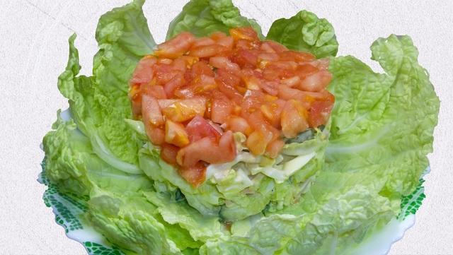Свежий новогодний салат с кальмаром для праздничного стола – пошаговый рецепт с фотографиями