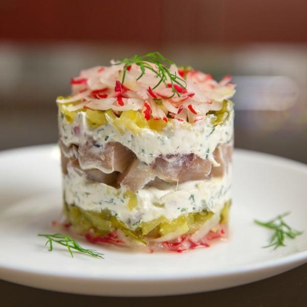 Салат из сельди с яблоками и огурцами – пошаговый рецепт с фотографиями