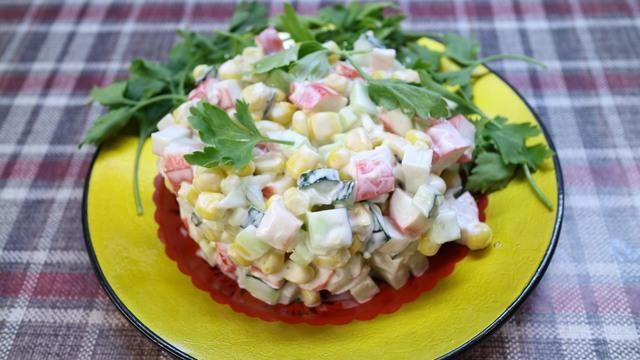 Крабовый салат – пошаговый рецепт с фотографиями