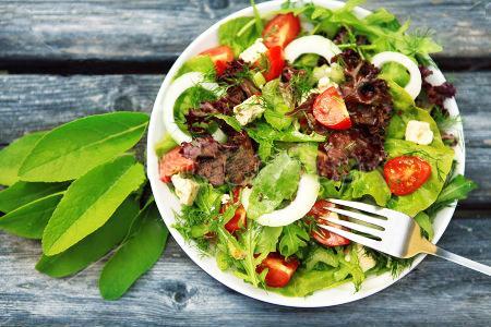 Салат из кальмаров с сухариками - вкусный новогодний салат – пошаговый рецепт с фотографиями