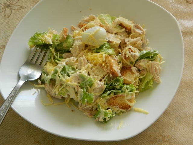 Салат цезарь с домашним соусом – пошаговый рецепт с фотографиями