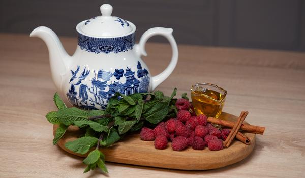 Малиновый чай – пошаговый рецепт с фотографиями