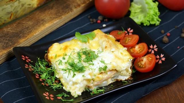 Слоеная картофельная запеканка с ветчиной и сыром – пошаговый рецепт с фотографиями