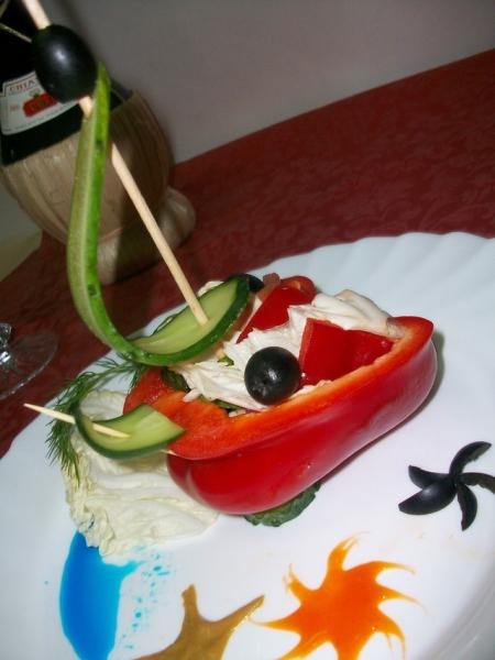 Перец фаршированный греческим салатом – пошаговый рецепт с фотографиями