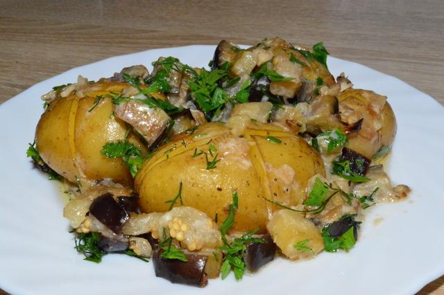 Картофель с баклажановой подливкой – пошаговый рецепт с фотографиями