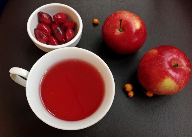 Осенний компот из кизила и яблок – пошаговый рецепт с фотографиями