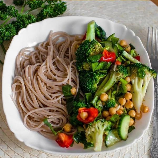 Полезный салат с брокколи и нутом  – пошаговый рецепт с фотографиями