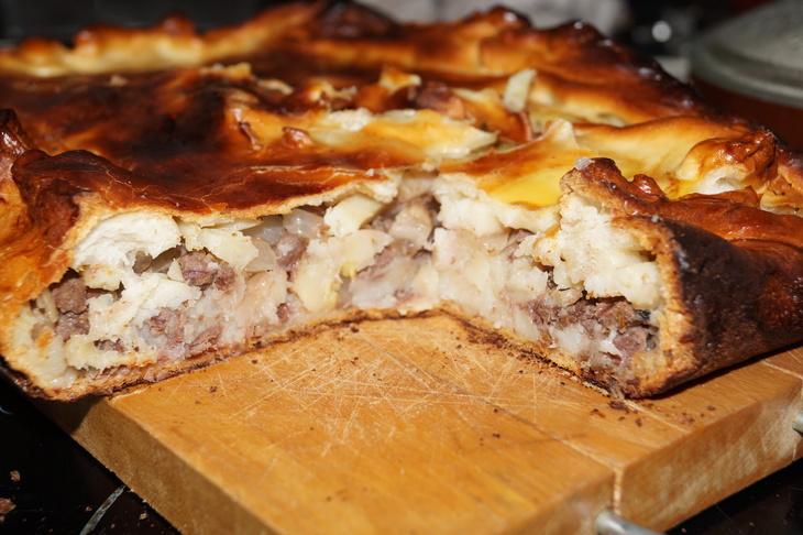 Сочный пирог с мясом и картофелем из серии гости на пороге  – пошаговый рецепт с фотографиями
