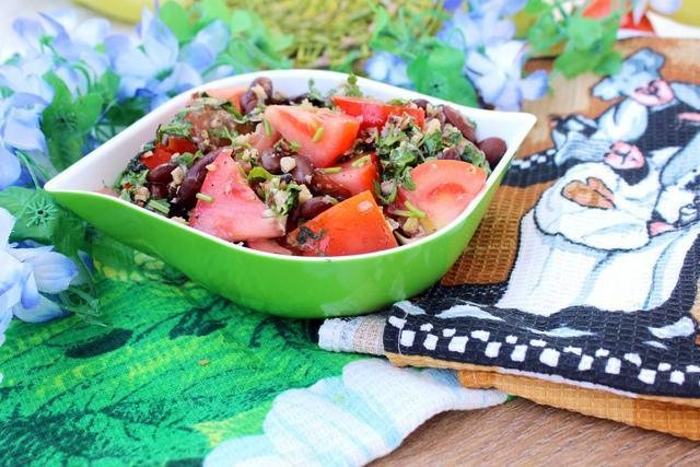 Салат с красной фасолью и помидорами – пошаговый рецепт с фотографиями