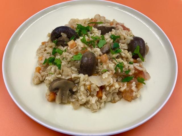 Коричневый рис с грибами и овощами – пошаговый рецепт с фотографиями