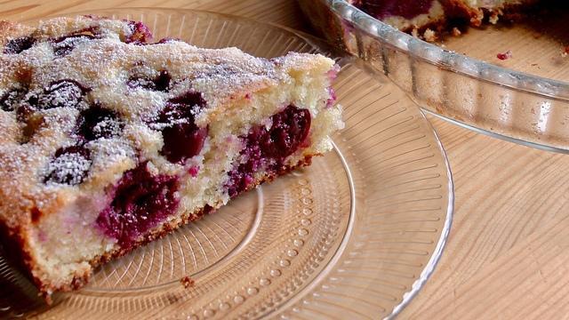 Пирог с вишней – пошаговый рецепт с фотографиями