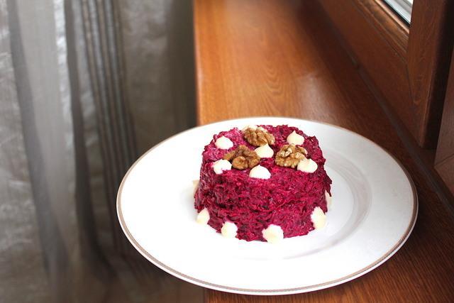 Супербыстрый и вкусный салат из свеклы – пошаговый рецепт с фотографиями