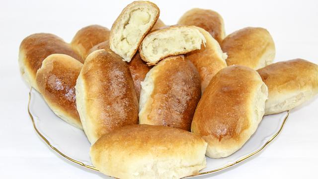 Пирожки с картошкой в духовке мягкие и воздушные – пошаговый рецепт с фотографиями