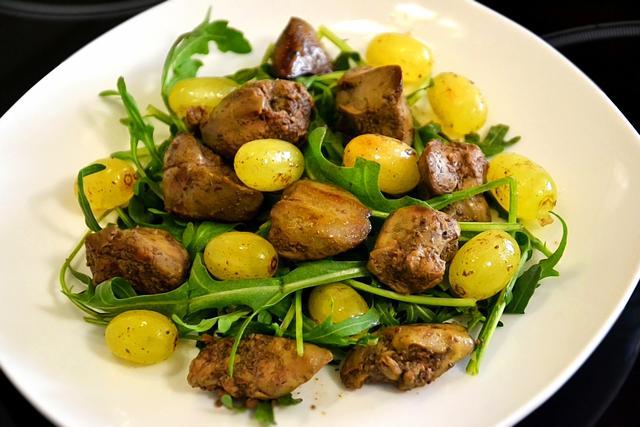 Салат с куриной печенью и виноградом – пошаговый рецепт с фотографиями