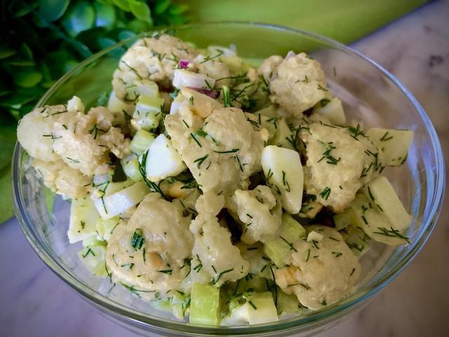 Салат с цветной капустой и вареным яйцом – пошаговый рецепт с фотографиями