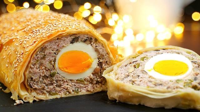 Рулет из фарша с яйцом – пошаговый рецепт с фотографиями