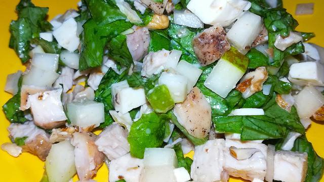 Салат с фетой, грушей и грецким орехом – пошаговый рецепт с фотографиями