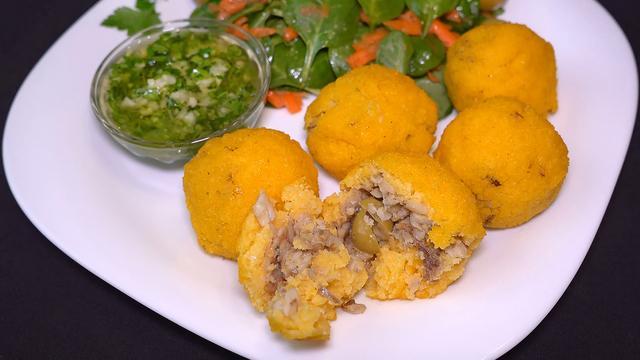 Шарики из мамалыги и чесночный соус муждей – пошаговый рецепт с фотографиями