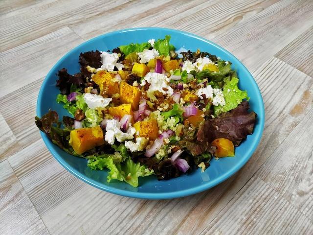 Салат с запеченной тыквой – пошаговый рецепт с фотографиями