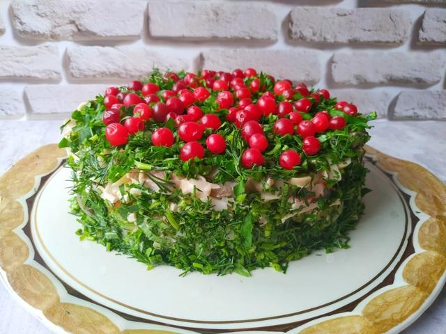 Слоеный салат «сосновый бор» – пошаговый рецепт с фотографиями