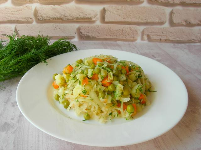 Постный салат с квашеной капустой – пошаговый рецепт с фотографиями