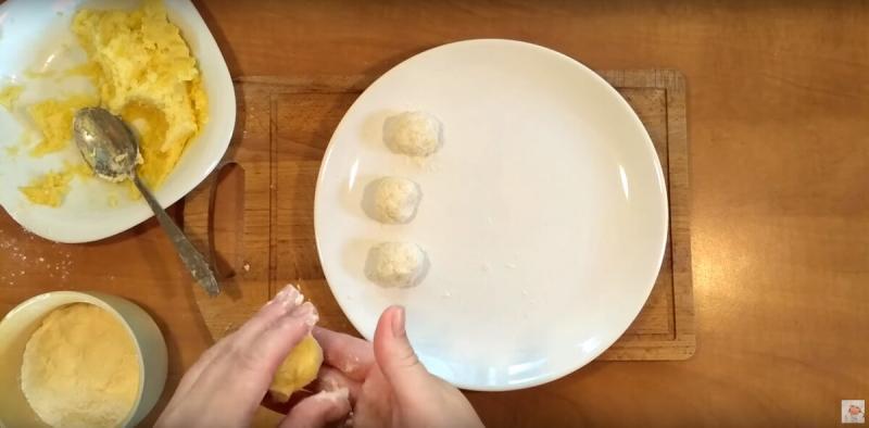 Три очень быстрых рецепта закусочных пирожков с мясом