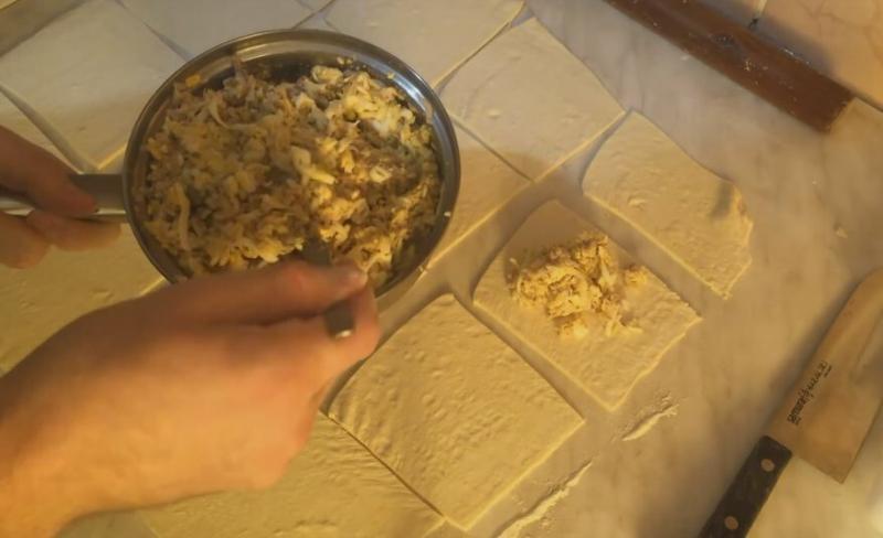 Быстрые пирожки с сайрой