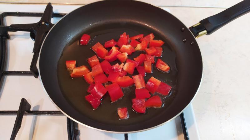 Я просто жарю сладкий перец и получаю вкуснейший салат