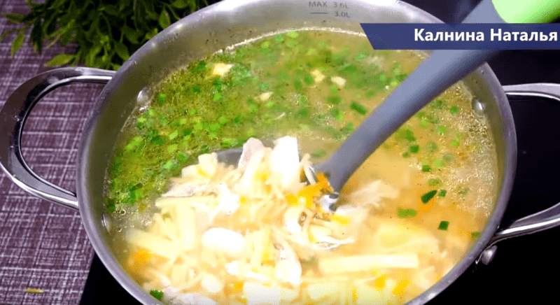 Куриный Суп с обжареной вермишелью. Его вкус и преимущества.
