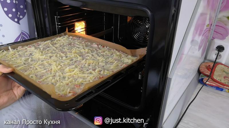 Пицца - Пирог без возни с тестом, всё смешал - и в духовку!