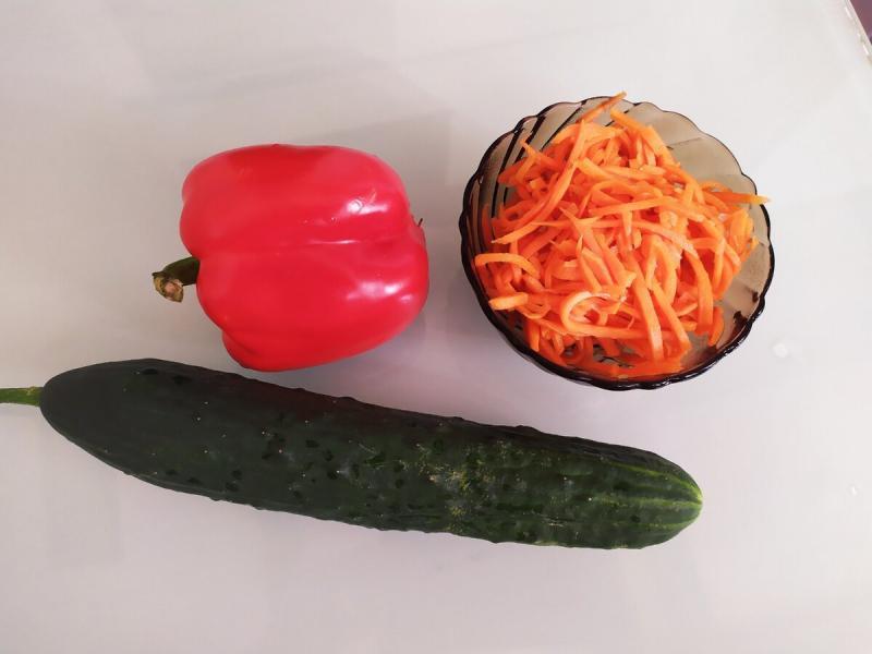 К шашлыку приготовила идеальный салат: фишка оказалась в сахаре
