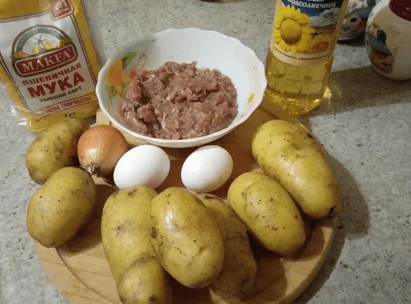 Драники по этому рецепту поедаются вместе с вилкой.