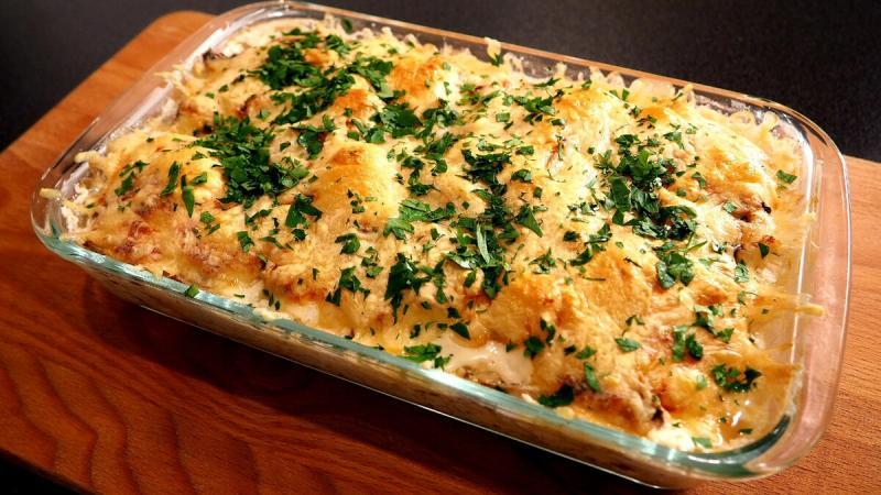 Простой ужин с курицей и овощами в духовке