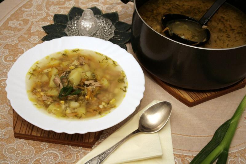 Суп за 20 минут из двух баночек тунца. Легко.