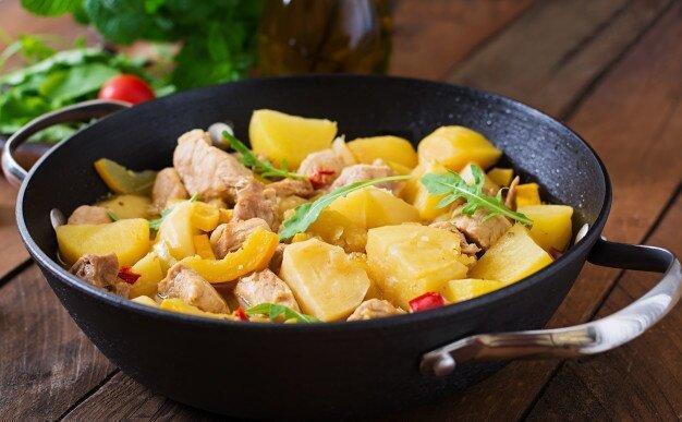 Картофель по-домашнему в жаровне
