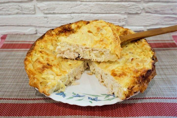 Легкий заливной куриный пирог с кабачком. Пошаговый рецепт