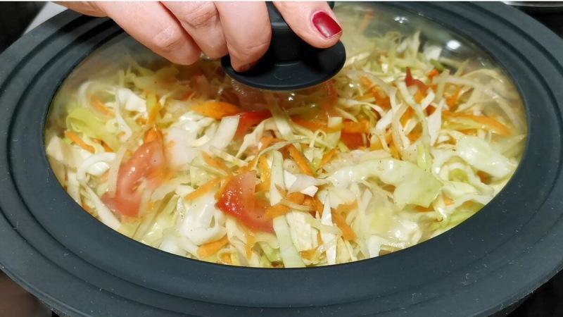 Капуста с макаронами. Простой рецепт для семейного ужина (вкусно как гарнир и как самостоятельное блюдо)