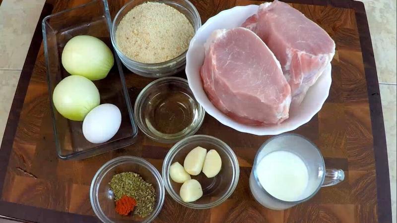 Котлеты сливочные из свиного карбоната в духовке