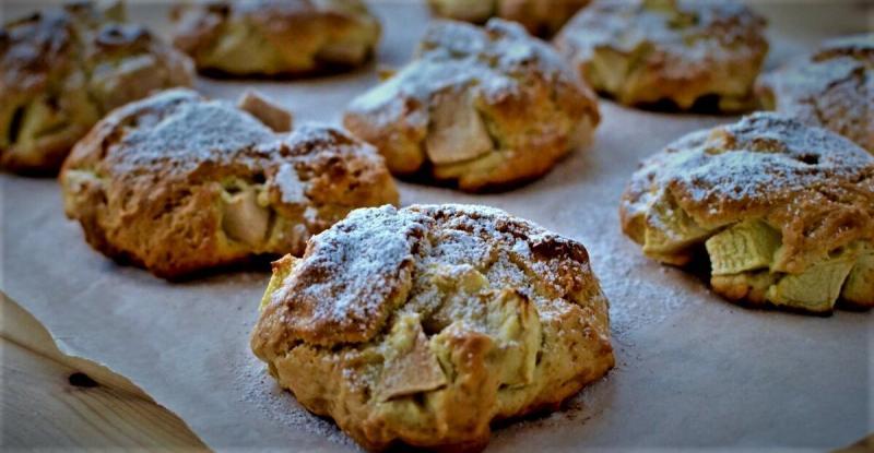 Невероятно вкусное, мягкое печенье с яблоками.