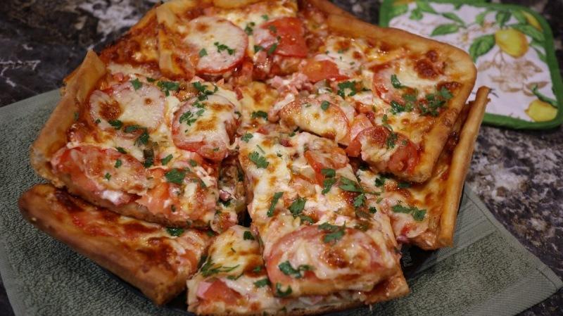 Видео рецепт. Пицца по-домашнему, наш самый любимый рецепт