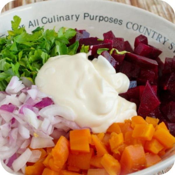 Готовлю овощной салат из свеклы и моркови. Делюсь рецептом.