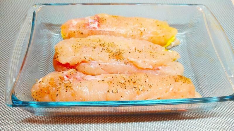 """Куриное филе """"секретное"""" Готовлю вместо вредной колбасы (к любому гарниру и на бутерброд очень вкусно)"""
