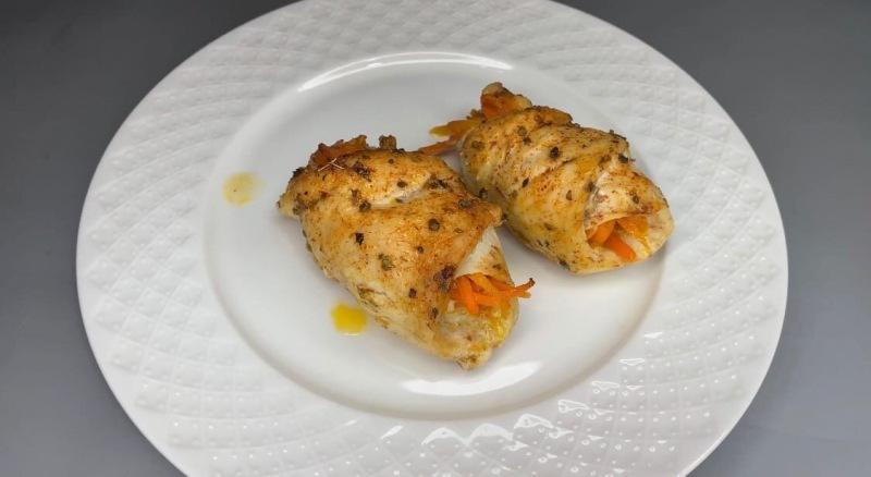 Куриные рулетики с морковью по-корейски: съедаются моментально