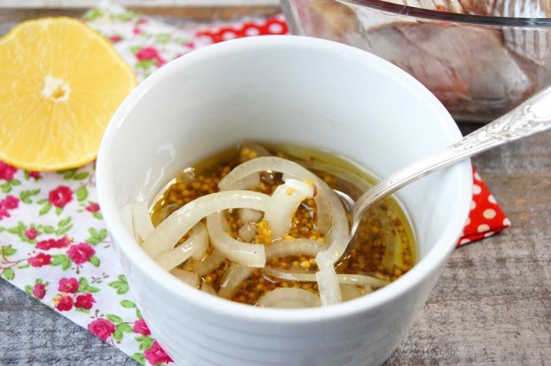 Селедка на закуску в отличной заправке (делюсь рецептом)