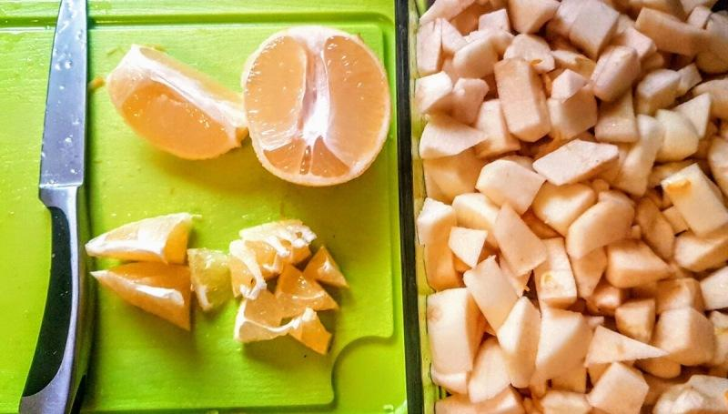 Новогодняя шарлотка с лимоном
