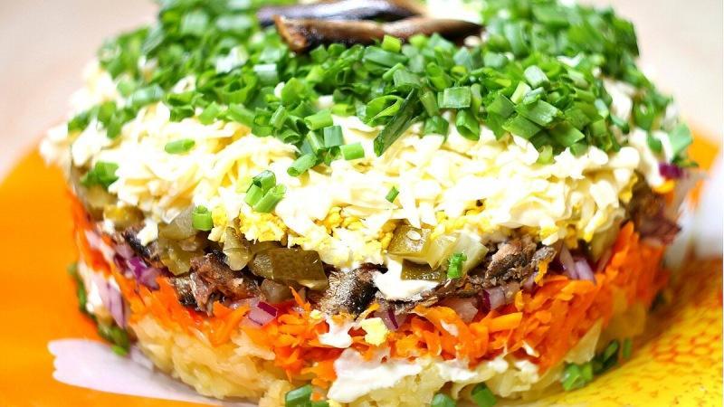 Обалденный салат на новогодний стол и не только!