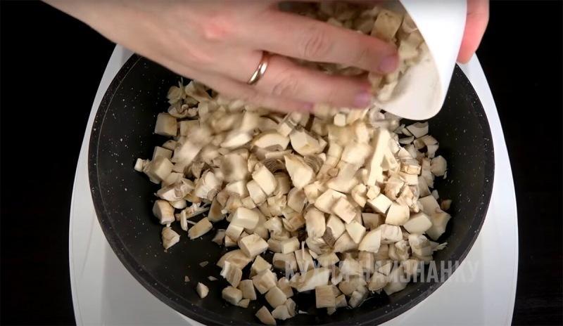 Постный Оливье (и очень вкусный) + рецепт постного майонеза