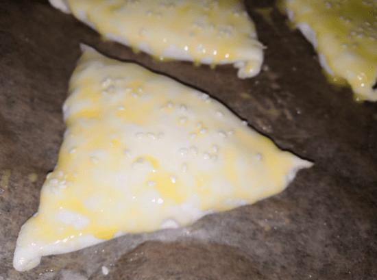Пышная и сочная Самса с мясом из слоеного теста