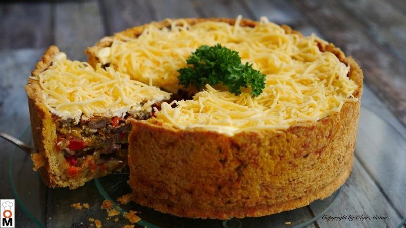 Закусочный пирог на Новогодний стол